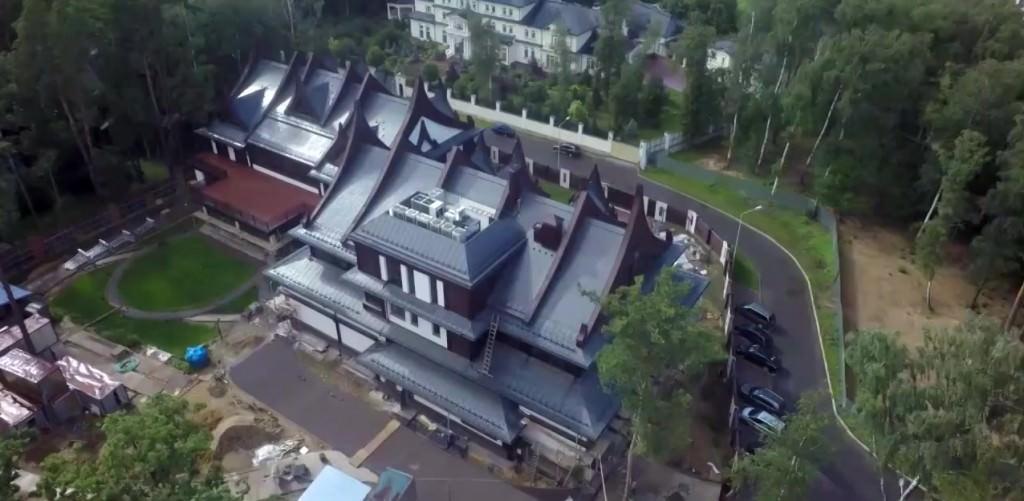 Дом Григория Лепса: фото с высоты птичьего полета