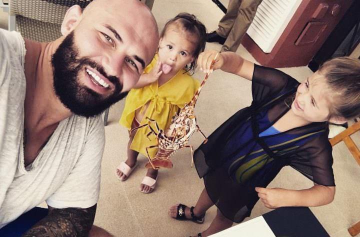 Джиган с дочерьми