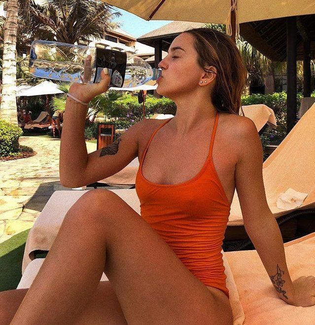 Марьяна Ро на отдыхе