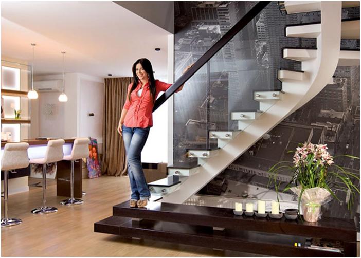 Ани Лорак в своем доме