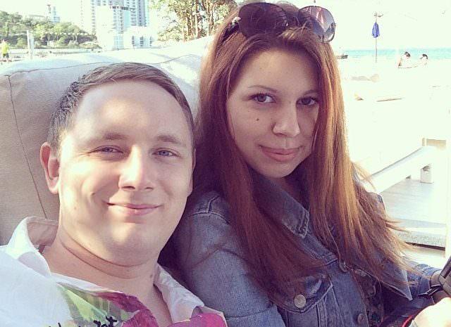Джов со своей девушкой Марго